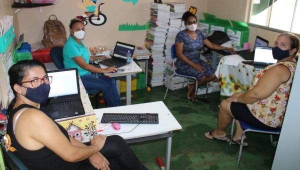 Secretaria de Educação promove formação para Professores da rede de Ensino de Couto Magalhães